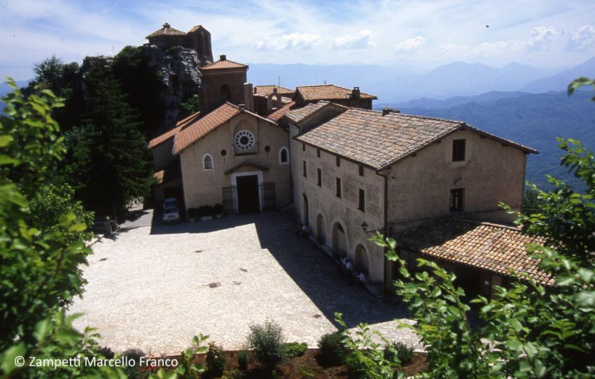 Santuario della Mentorella da Pisoniano | Escursioni, Sentieri e Trekking nel Lazio