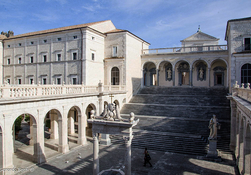 [Obrazek: abbazia-di-montecassino.jpg]
