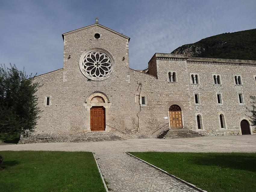abbazia di valvisciolo cosa vedere