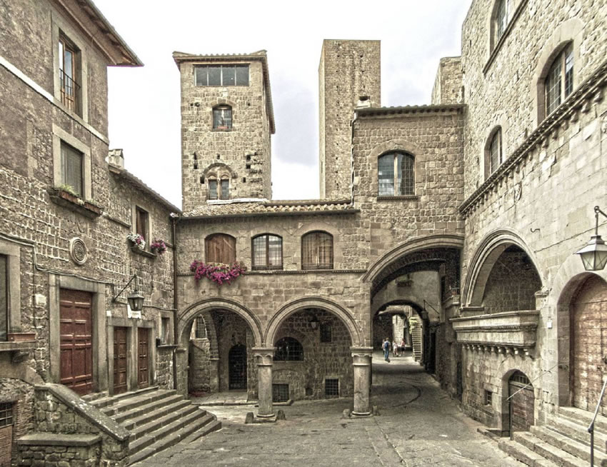 Viterbo - Quartiere San Pellegrino | Cosa vedere e come visitare Viterbo