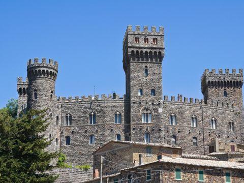 Castello di Torre Alfina (VT) | Cosa vedere e come visitarlo