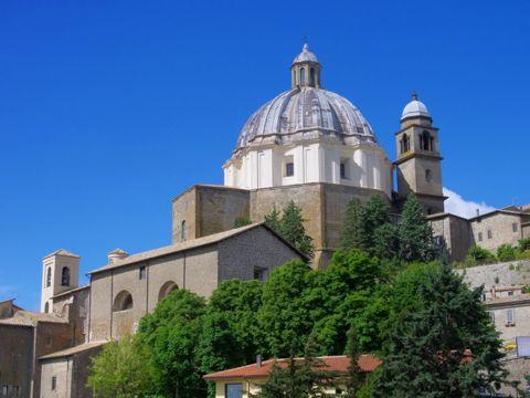 Montefiascone | Cosa vedere e Come Visitare Montefiascone