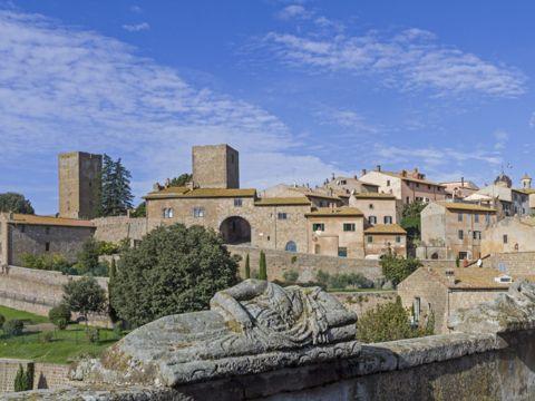 Tuscania | Cosa vedere e come visitare Tuscania