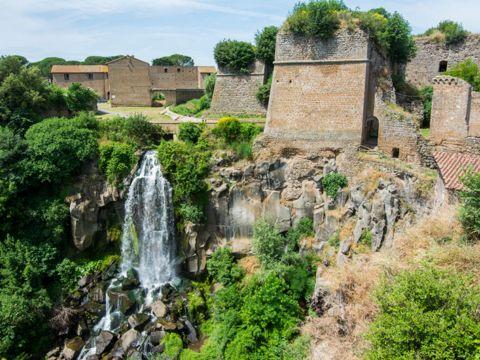 Cascata dei Cavaterra a Nepi | Come arrivare e Cosa visitare