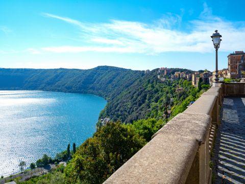 Parco Regionale dei Castelli Romani - I Parchi Naturali, Riserve e Oasi del Lazio