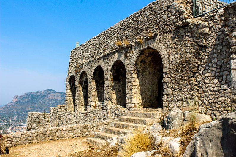 Tempio di Giove Anxur a Terracina (LT) | Cosa vedere e come visitarlo