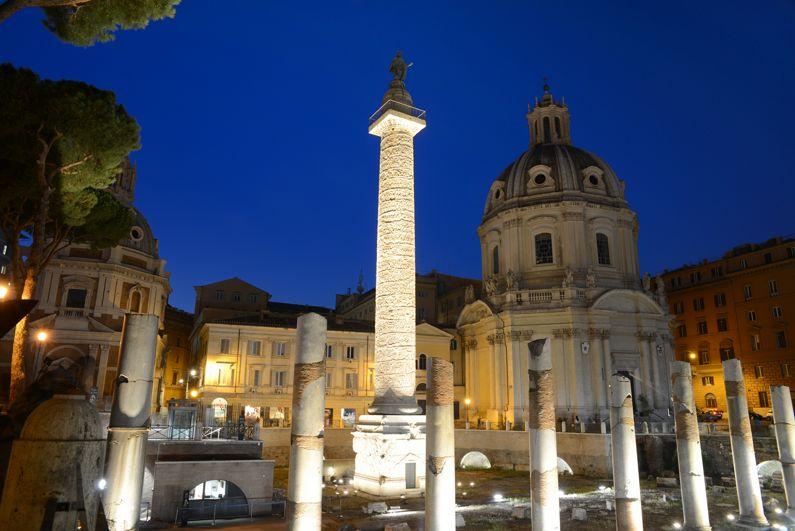 La Colonna Traiana | I Monumenti di Roma
