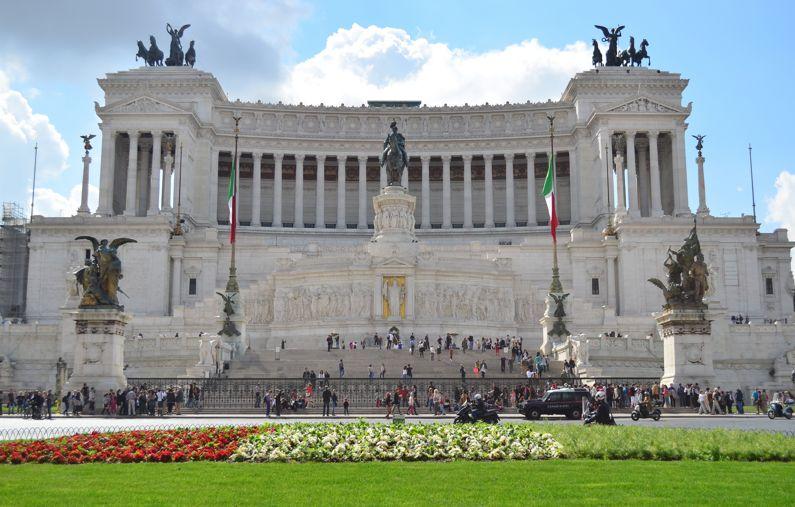 Il Vittoriano o Altare della Patria | I Monumenti di Roma