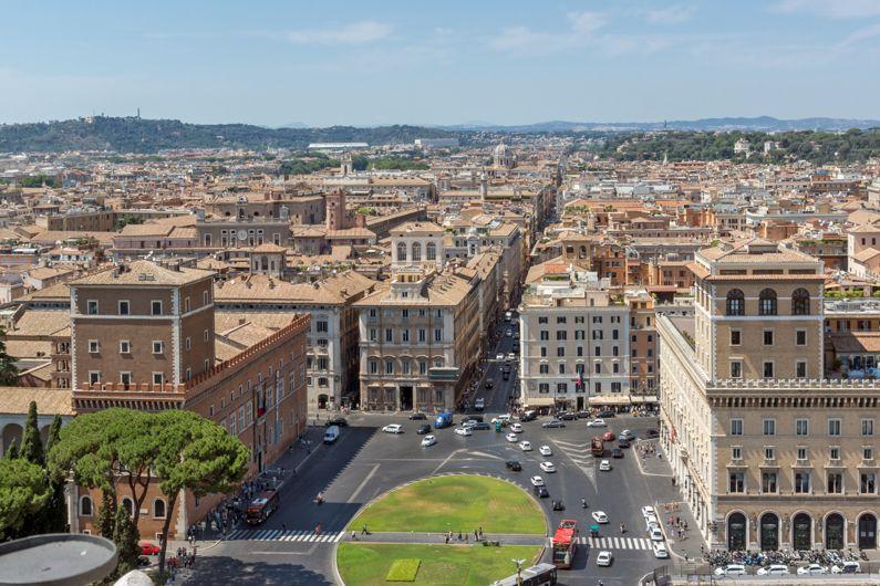 Piazza Venezia | Le Piazze di Roma