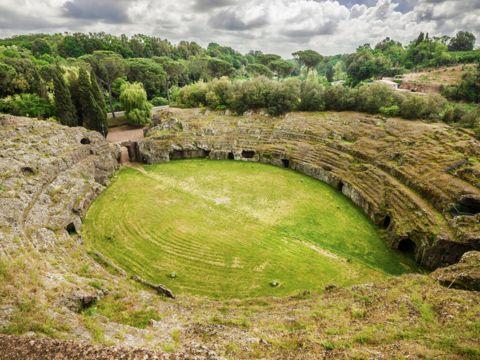 Anfiteatro Romano a Sutri (VT)   Cosa vedere e come visitarlo