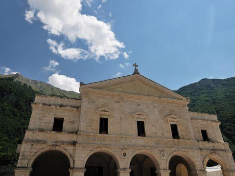 Santuario Madonna di Canneto a Settefrati (FR) | Cosa vedere e come visitarlo