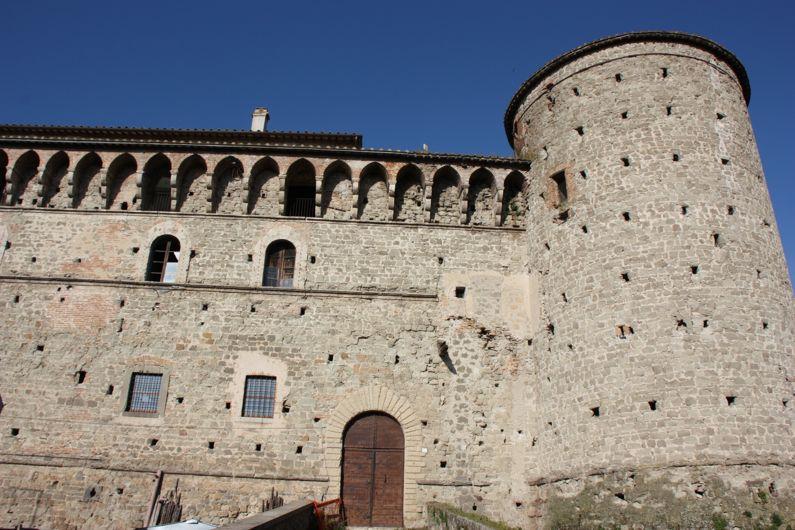 Castello Baglioni Santacroce a Graffignano (VT) | Cosa vedere e come visitarlo