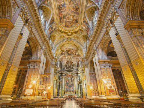 Basilica dei Santi XII Apostoli a Roma | Lazio Nascosto
