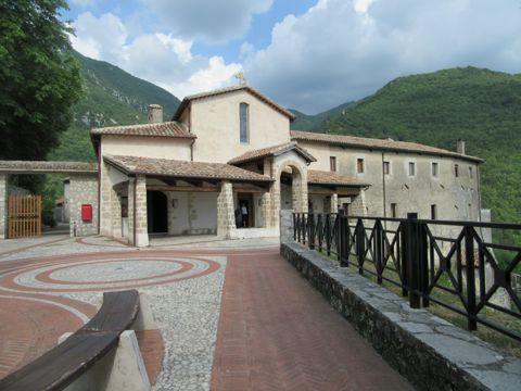 Santuario di San Giacomo a Poggio Bustone (RI) | Cosa vedere e come visitare il santuario | Lazio Nascosto