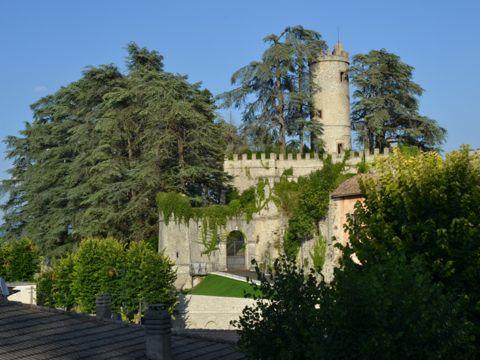 Castello Malvezzi - Campeggi a Orvinio (RI) | Lazio Nascosto