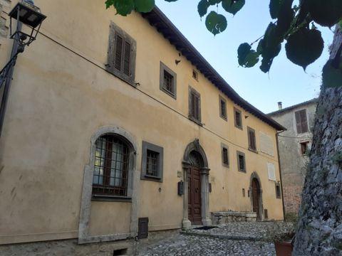 Palazzo Latini a Collalto Sabino (RI) | Lazio Nascosto