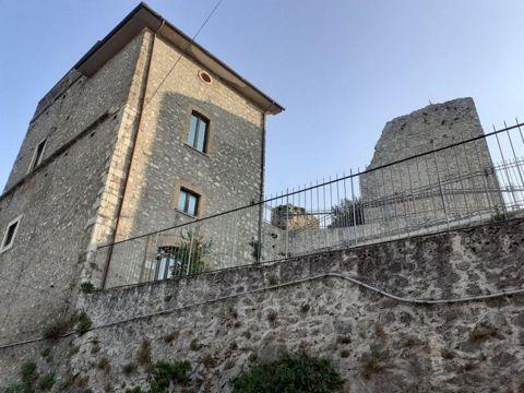 Castello Borghese a Vivaro Romano | Lazio Nascosto